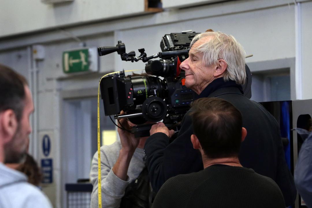 Sorry We Missed You: il regista Ken Loach sul set del film