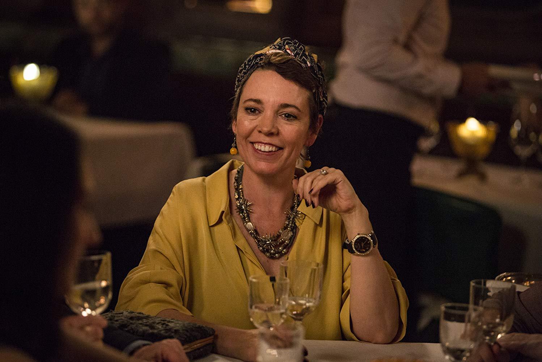 Fleabag: Olivia Colman in una scena della seconda stagione