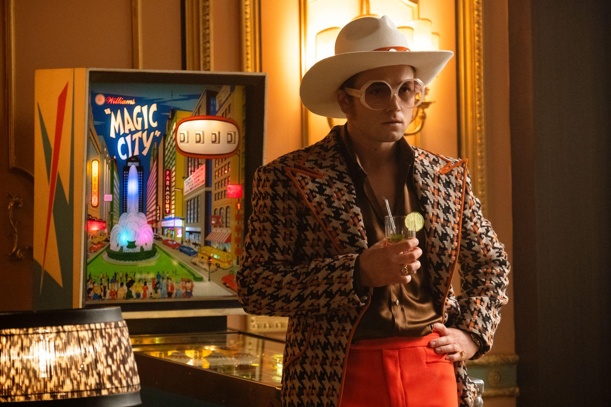 Rocketman: Taron Egerton interpreta Elton John