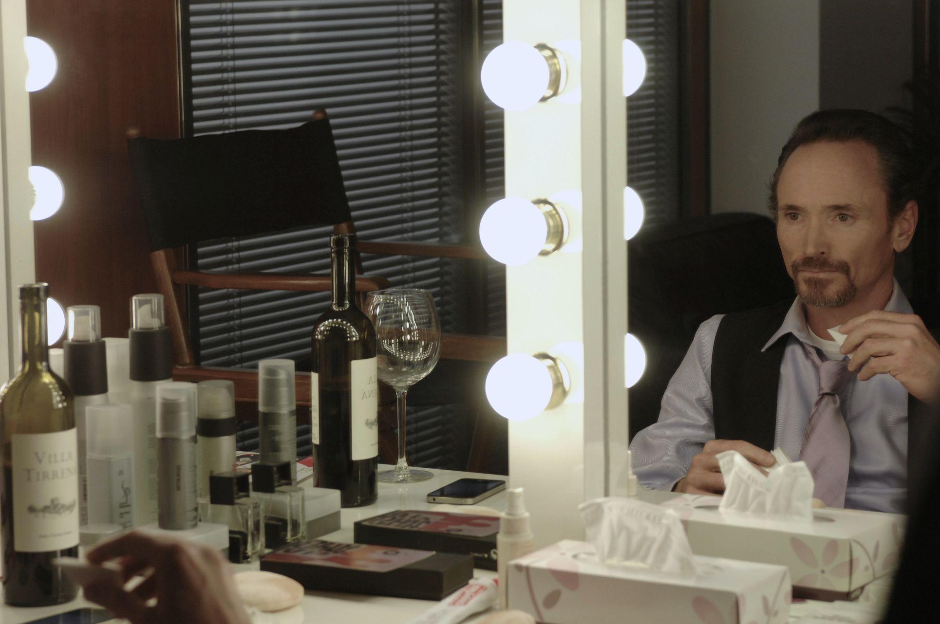 The Elevator: James Parks in una scena del film