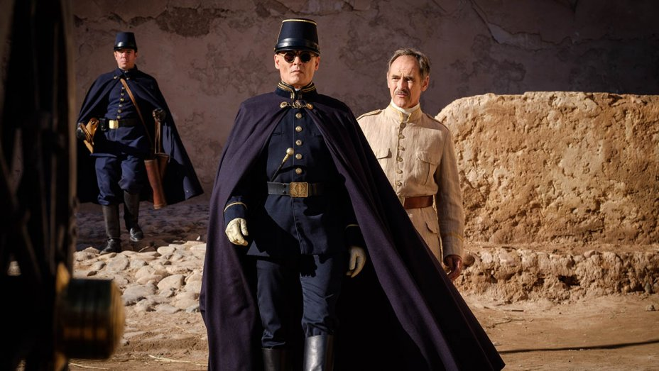 Waiting for the Barbarians: Johnny Depp in una scena del film