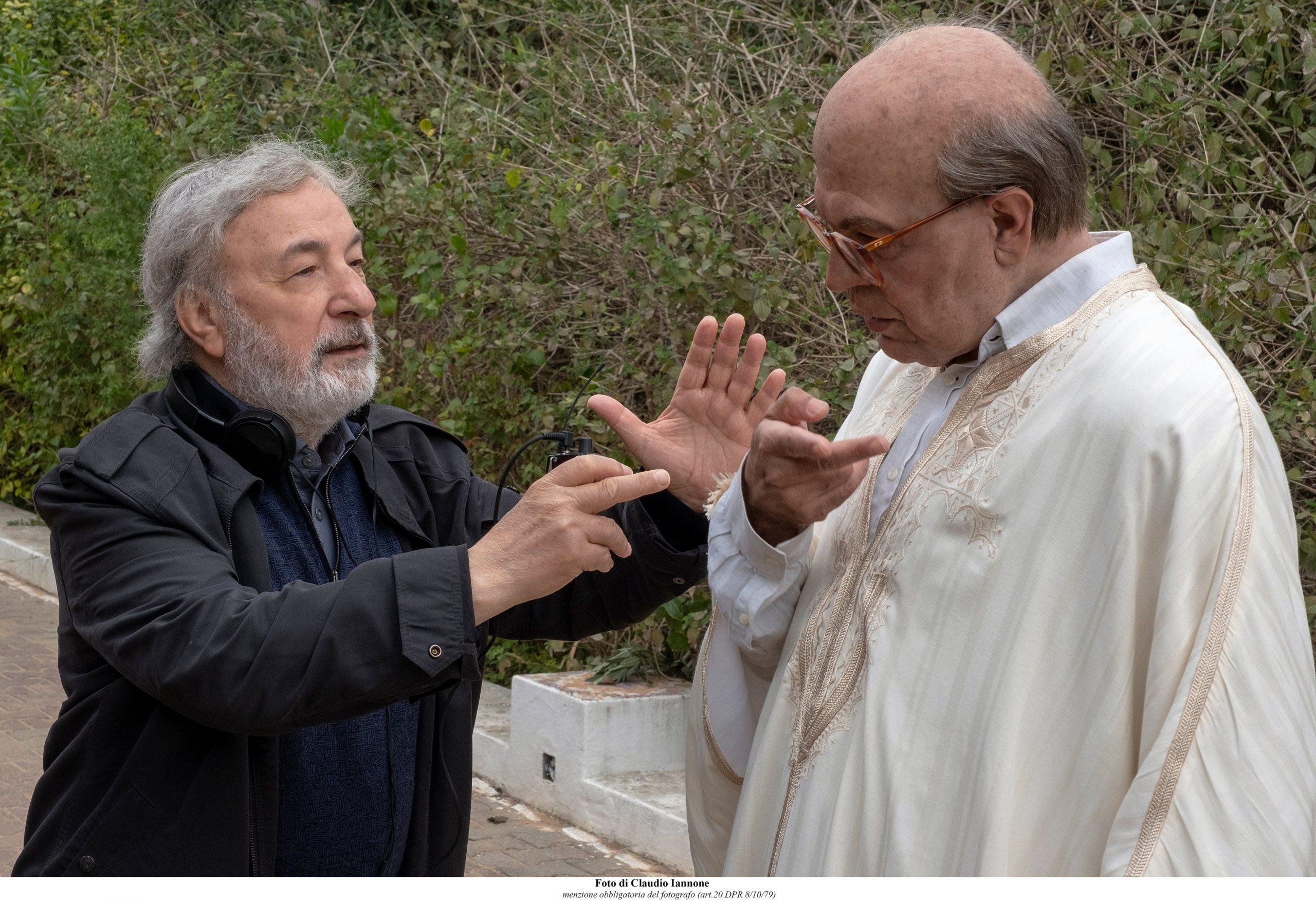 Hammamet: Pierfrancesco Favino in un momento sul set