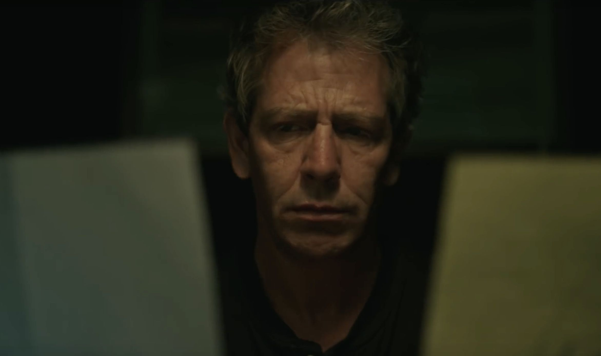 The Outsider: un primo piano di Ben Mendelsohn