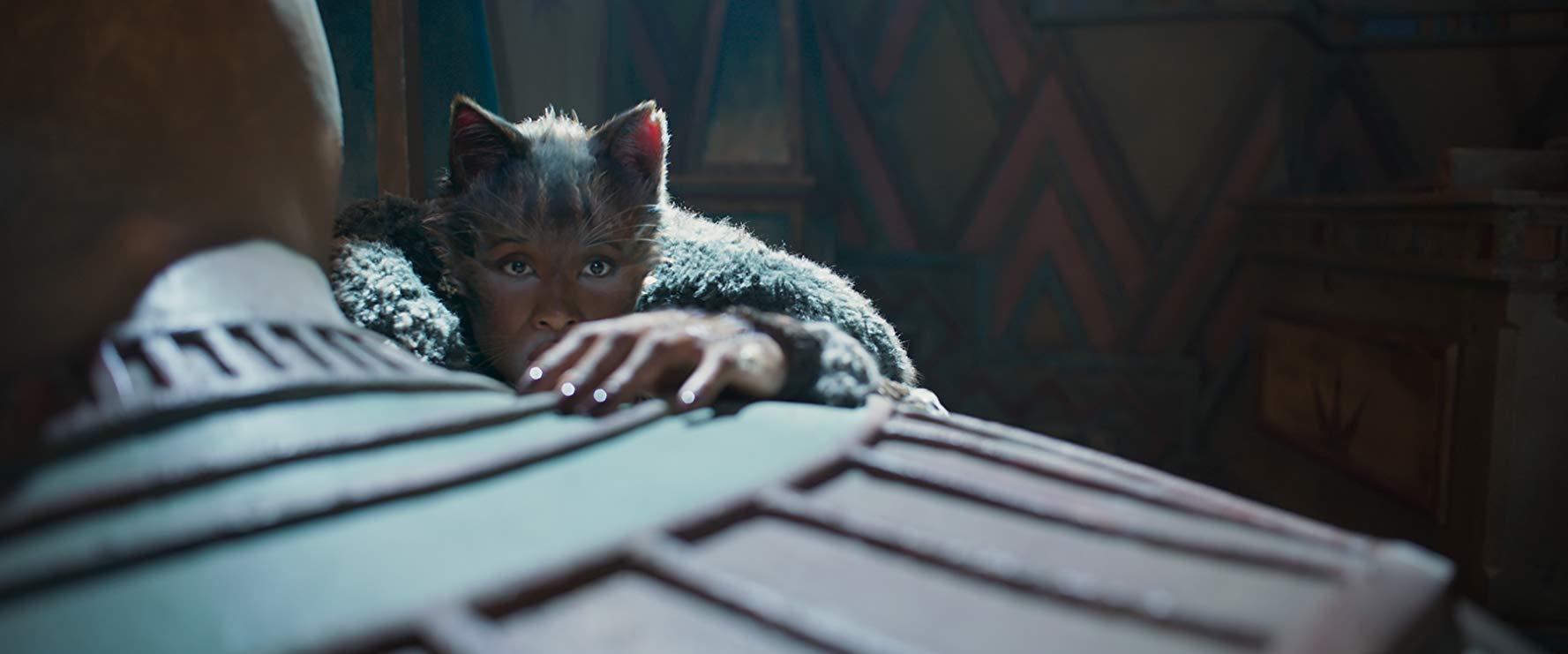 Cats: Jennifer Hudson in una scena del film