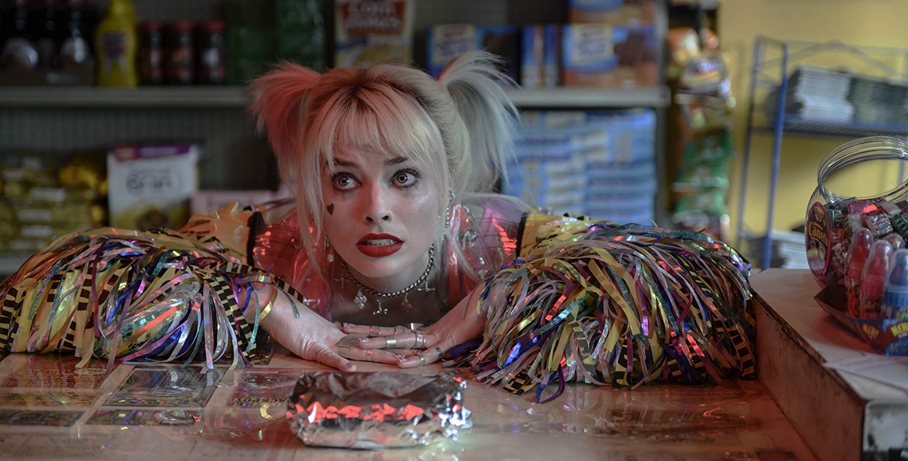 Birds Of Prey - E la fantasmagorica rinascita di Harley Quinn: Margot Robbie durante una scena del film