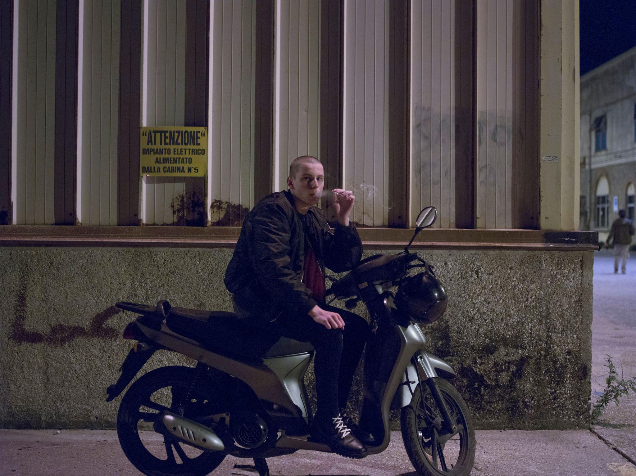 Non odiare: Luka Zunic in una scena del film