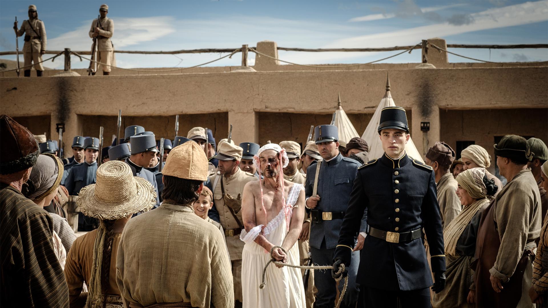 Waiting for the Barbarians: una scena del film con Robert Pattinson