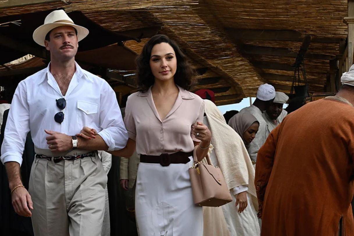 Assassinio sul Nilo: Armie Hammer e Gal Gadot a passeggio insieme