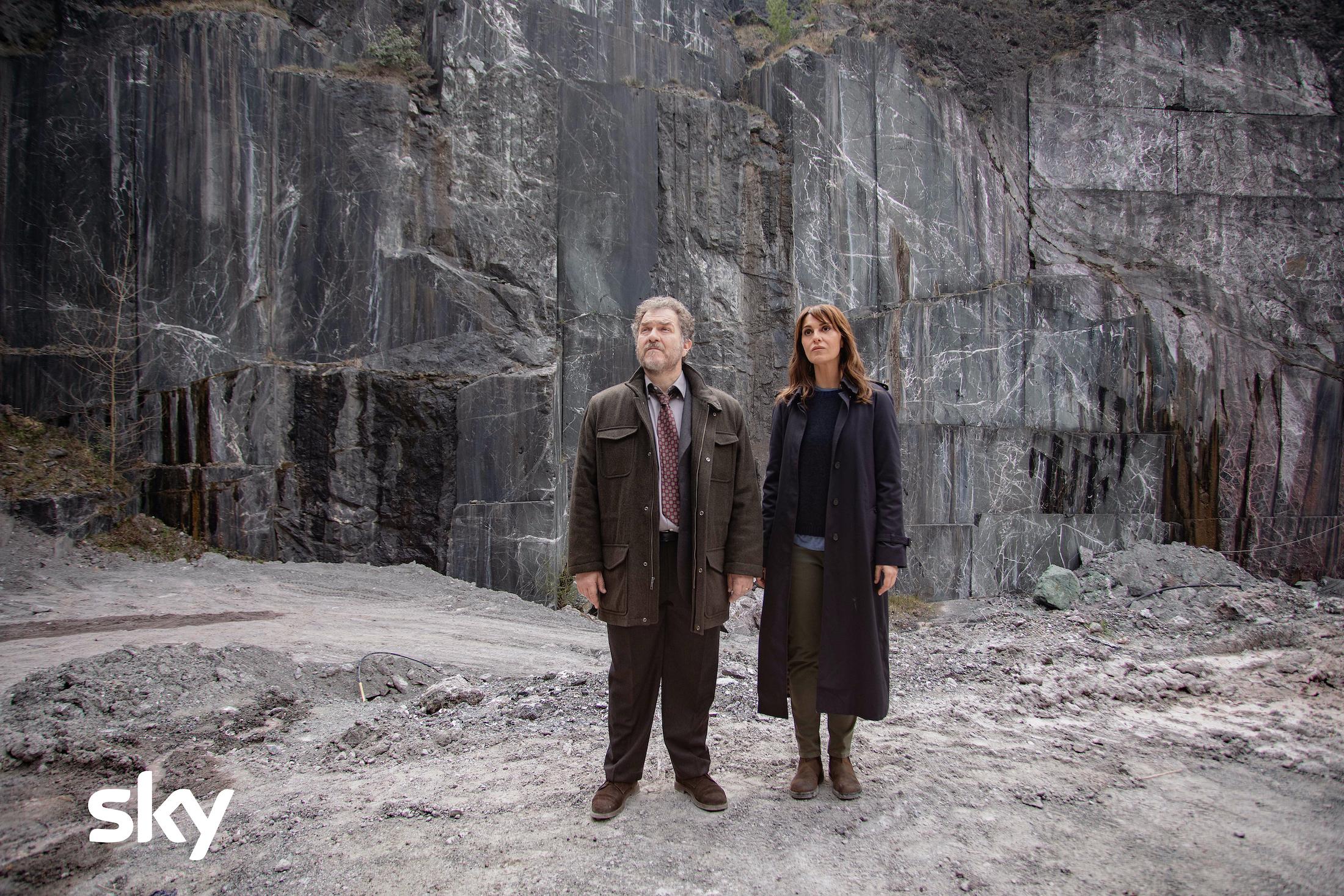 Petra: Paola Cortellesi e Andrea Pennacchi nel terzo episodio della serie