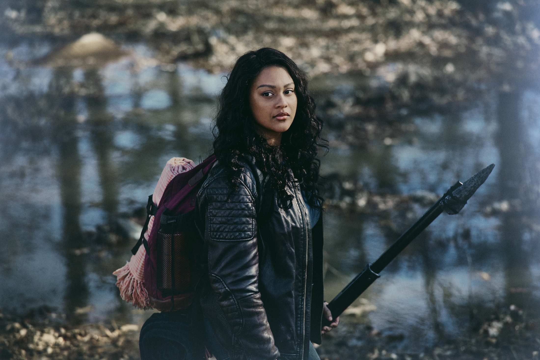 The Walking Dead - World Beyond: Aliyah Royale in una foto promozionale dello spin-off