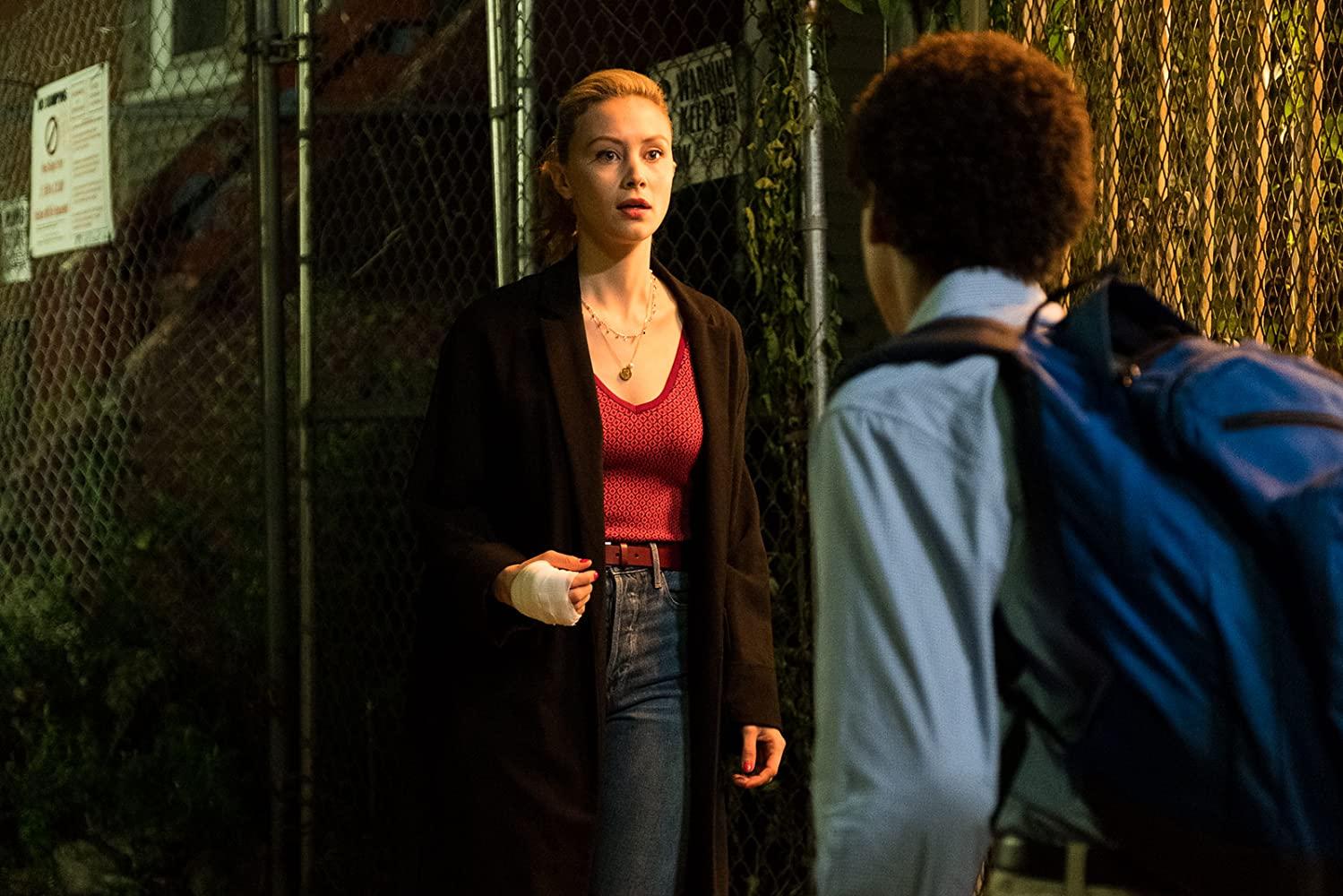 Vampires Vs. The Bronx: Sarah Gadon in una scena del film