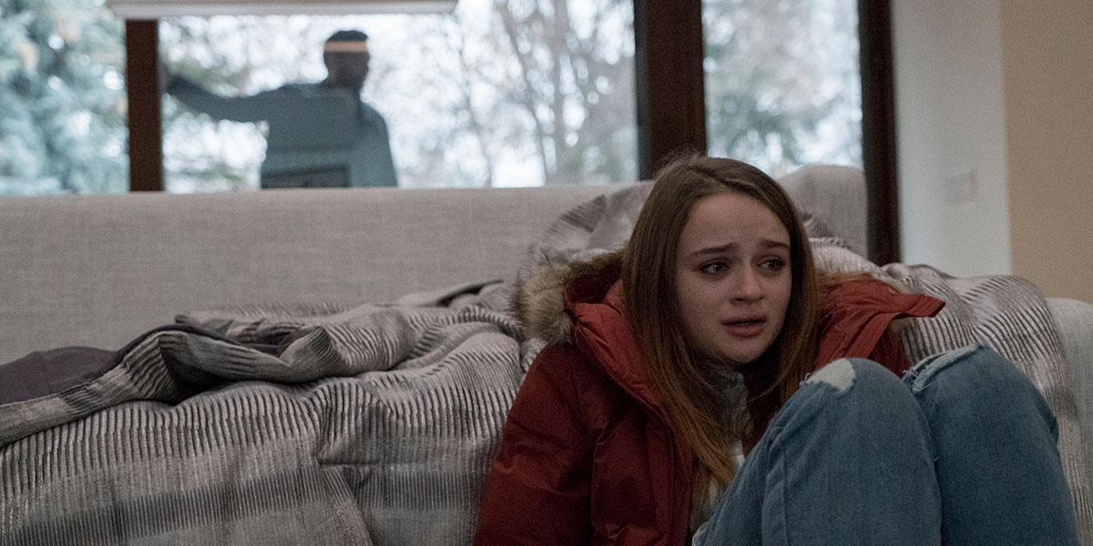The Lie: Joey King in una scena del film