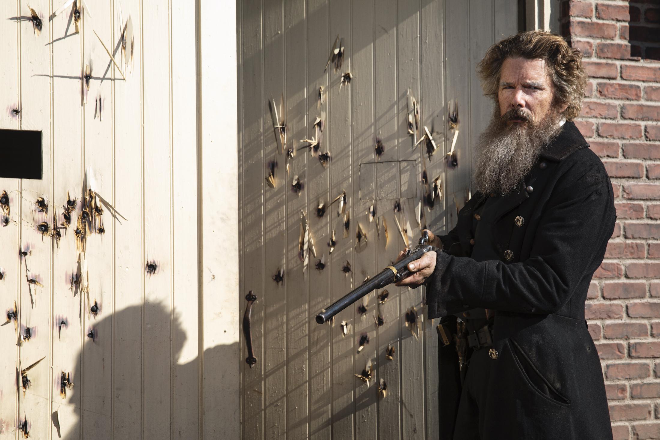 The Good Lord Bird: Ethan Hawke nei panni di John Brown