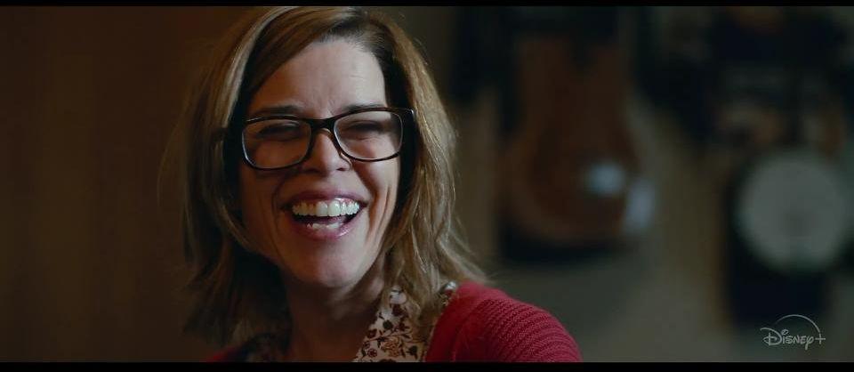 Nuvole: Neve Campbell in una scena del film