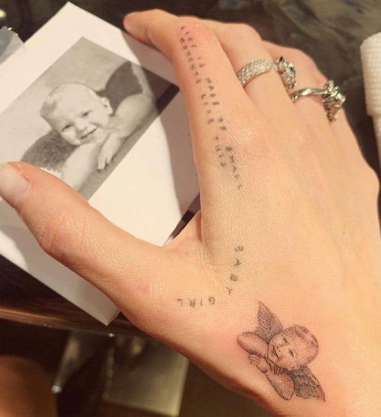 Chiara Ferragni: il tatuaggio dedicato al figlio Leone in versione angioletto