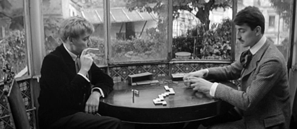 Jules e Jim: Oskar Werner e Henri Serre in una scena del film