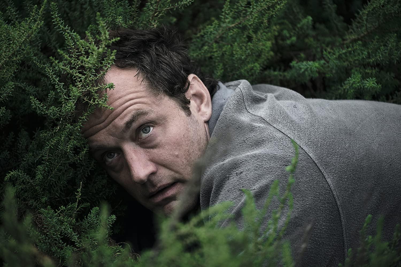 The Third Day: Jude Law in una scena