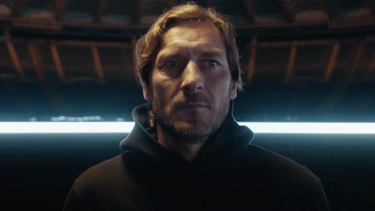 Mi chiamo Francesco Totti: un primo piano di Francesco Totti