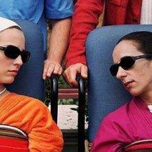 Leonor Watling e Rosario Flores in una scena di 'Parla con lei'