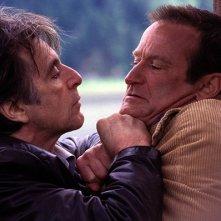 Al Pacino con Robin Williams in una scena del film Insomnia