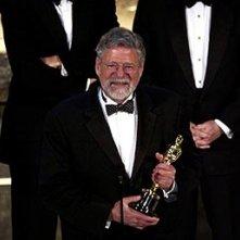 Il produttore Barrie Osborne con la sua meritatissima statuetta