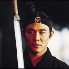 Jet Li in una scena del film Hero