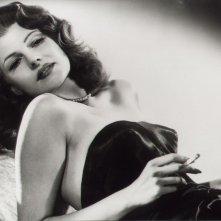 Rita Hayworth in una foto promozionale per Gilda