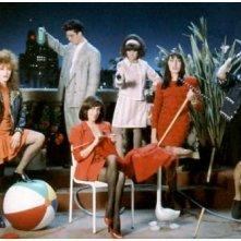 Carmen Maura, Julieta Serrano, Antonio Banderas, Rossy De Palma e Maria Barranco in una foto promozionale per Donne sull'orlo di una crisi di nervi