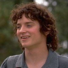 Elijah Wood è un Frodo ancora non corrotto dall'Unico Anello