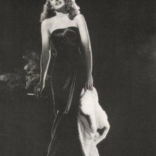 Rita Hayworth in una celebre foto promozionale per Gilda