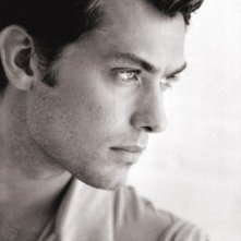 Jude Law in una foto di Greg Gorman