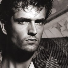 Rupert Everett in una foto di Greg Gorman