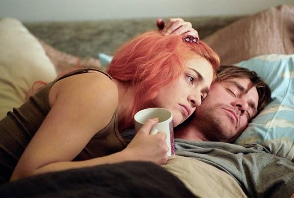 Kate Wislet e Jima Carrey innamoratissimi in una sequenza di Se mi lasci ti cancello