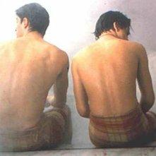 Alessandro Gassman con Mehmet Gunsur in una scena de Il bagno turco