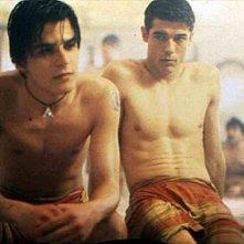 Alessandro Gassman e Mehmet Gunsur in una scena de Il bagno turco