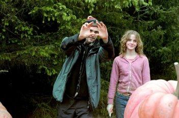 Cuarón sul set con Emma Watson