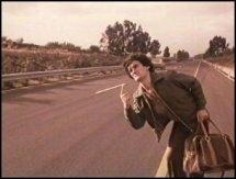 Massimo Troisi autostoppista in Ricomincio da tre