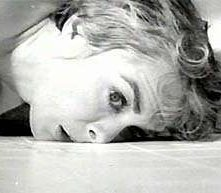 Janet Leigh in una sequenza di Psycho