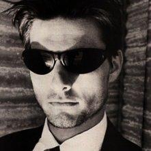 Un ritratto in bianco e nero di Tom Cruise