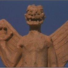 Una statua del demone Pazoozoo in una delle prime scene di L'esorcista