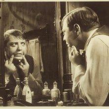 Un inquietante Peter Lorre in una scena di M. il mostro di Dusseldorf