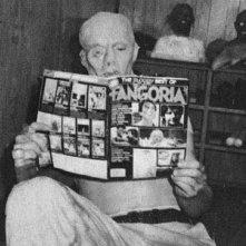 Richard Brooker legge Fangoria sul set del terzo episodio di Venerdì 13