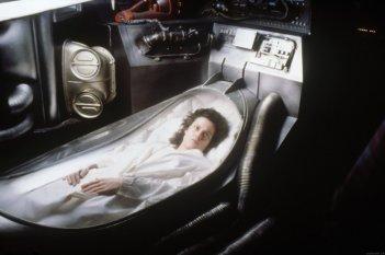 Sigourney Weaver in una scena di Alien