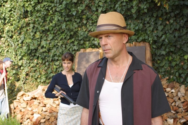 Bruce Willis E Amanda Peet In Una Scena Del Film Fbi Protezione Testimoni 2 4859