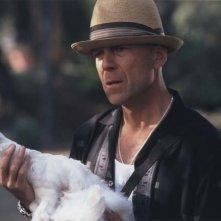 Bruce Willis in una scena del film FBI: Protezione testimoni 2