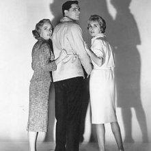 John Gavi, Janet Leigh e Vera Miles in una foto promozionale per 'Psycho'