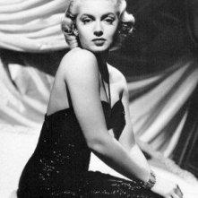 una sensuale immagine di Lana Turner