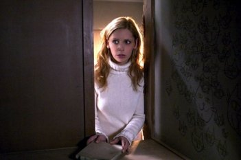 Sarah Michelle Gellar nel film The Grudge
