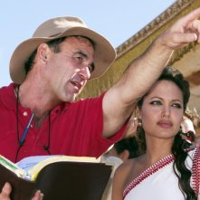 Angelina Jolie e Oliver Stone sul set di Alexander