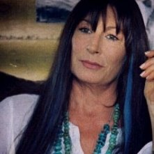 Anjelica Huston in una scena di Acquatici lunatici